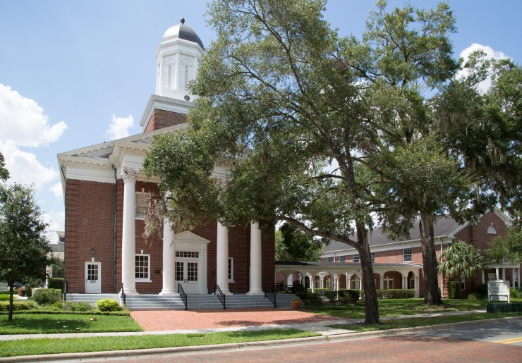 Exterior of the First Congregation Church in Downtown Winter Park