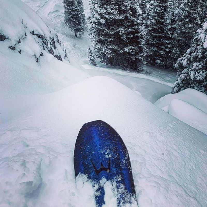 Today was deep in @jacksonhole!  @robkingwill took his ARK 158 for a little side country mission and found some goodness!  #Winterstick #ArtOfTheTurn #snowboarding
