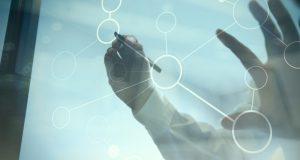 Fatti e valori: quali connessioni nascondono?