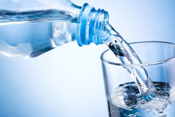 Acqua è vita, ricordiamoci di bere.