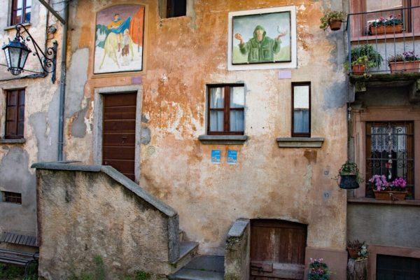 """""""Le città dei murales"""":  Arcumeggia e la Casa del Pittore"""