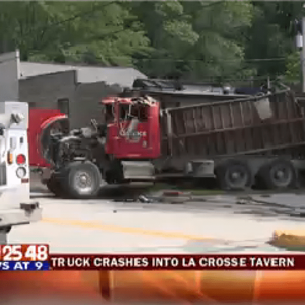 Truck Hits Bluffside-20150725221409_1440560858468.png