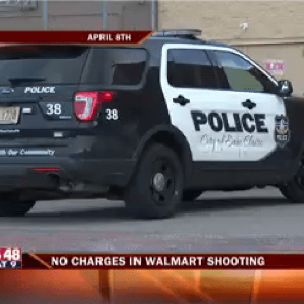 Walmart Shooting-20160412211934_1463107566540.png