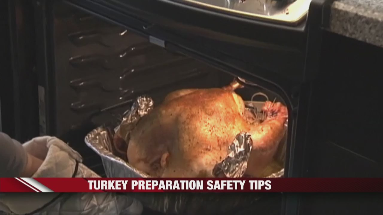 Turkey_Preparation_Safety_Tips_0_20181116153923