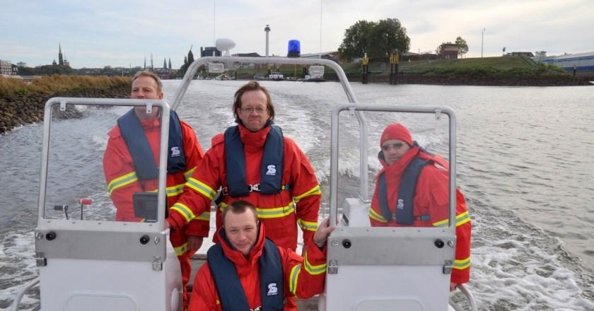 DLRG Oppenheim absolviert Werftprobefahrt auf dem neuen Rettungsboot