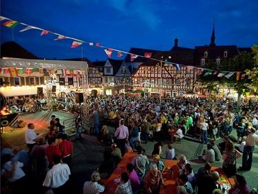 Weinfest im Jahr 2010 (Bild: Stadt Oppenheim)