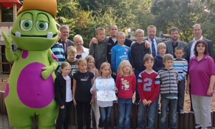 Farbenfroh den fairen Sport gemalt: Sarah Adams aus Klein-Winternheim gewinnt Malwettbewerb