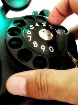 Bei Anruf Betrug: LKA warnt vor neuer Masche.