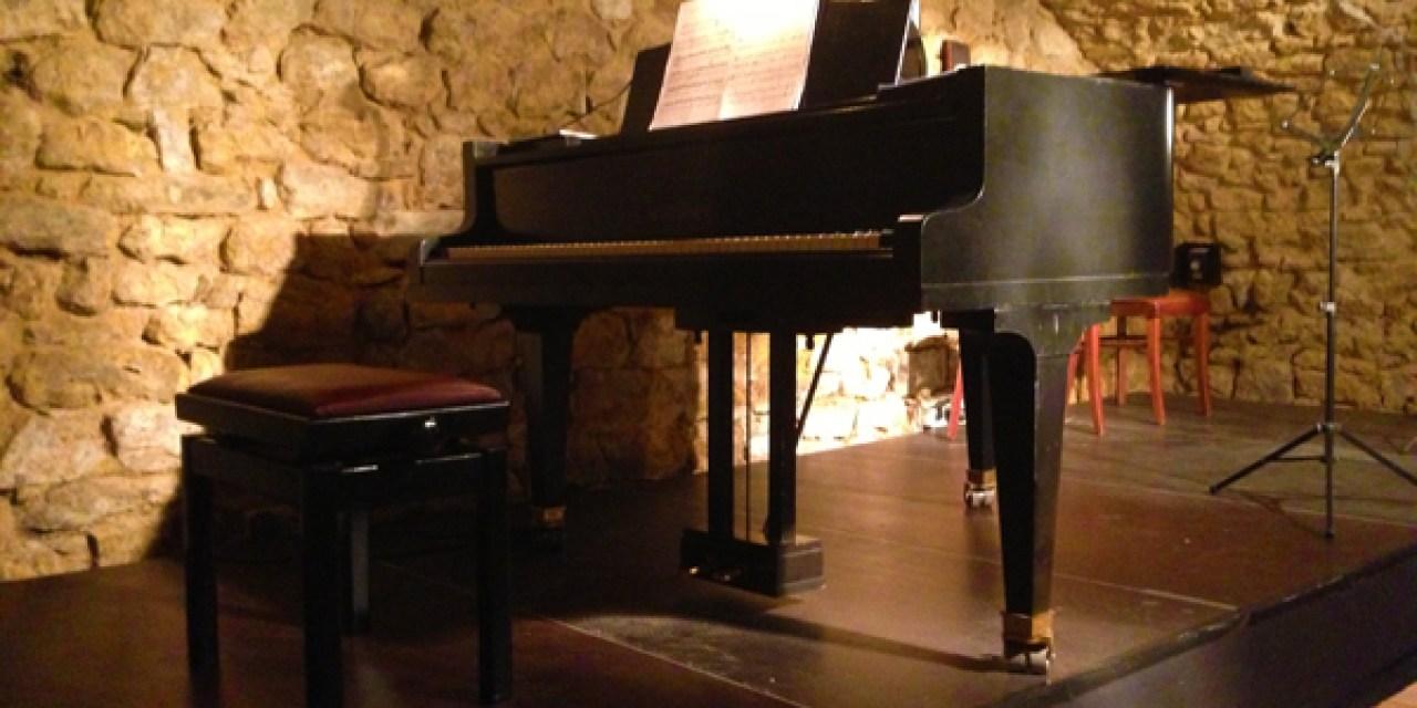 Kaffeehausmusik mit Café Bach im Weingut Weyel in Dexheim