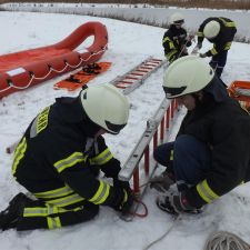 Gemeinschaftsübung Eisrettung der DLRG Nieder-Olm/Wörrstadt, DRK und Feuerwehr 3