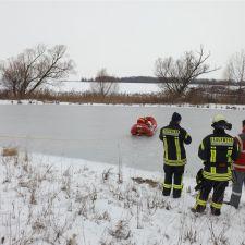 Gemeinschaftsübung Eisrettung der DLRG Nieder-Olm/Wörrstadt, DRK und Feuerwehr 4