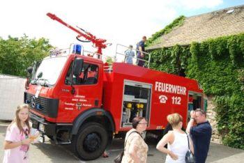 Wie beim letzten Feuerwehrtag 2010 können die Fahrzeuge der Wehr wieder genau unter die Lupe genommen werden.