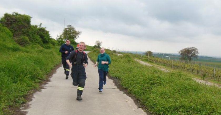 Warmlaufen für die Feuerwehr-Leistungsspange