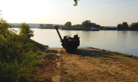 Riesiges Wrack auf Oppenheimer Nato-Rampe