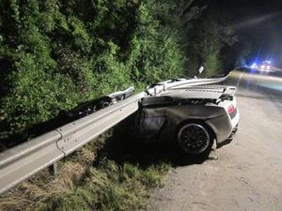 Tragischer Unfall eines Edelsportwagens Lamborghini Gallardo in Worms