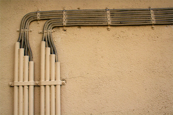 Kabeldiebe stehlen hunderte Meter verlegter Kabel