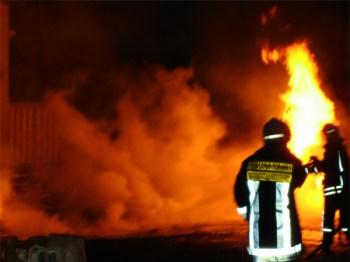 Feuerwehr im Einsatz. (Symbolbild: stock:xchng)