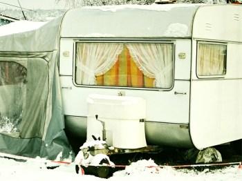 Polizei sucht Zeugen bei einem Wohnwagen-Betrug. (Symbolbild: stock:xchng)
