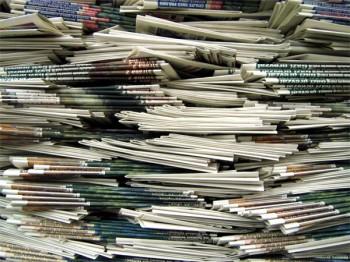 Zeitungszustellerin in Mainz bestohlen – Polizei sucht Dieb