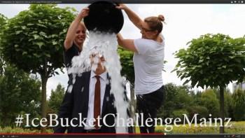 Ice Bucket Challenge schwappt durch Rheinhessen