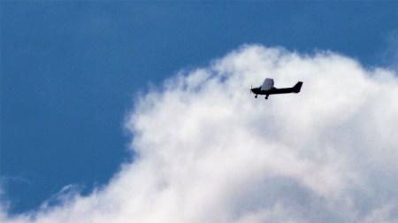 Der Pilot überlebte den Absturz nicht (Symbolbild: stock:xchng)