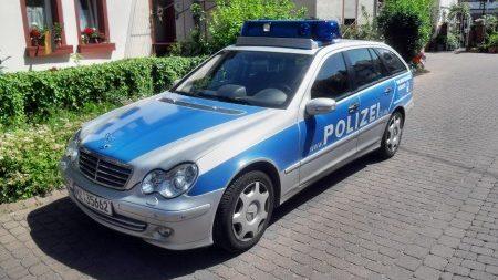 Bodenheim: Verkehrsunfall mit leicht verletztem Leichtkraftradfahrer