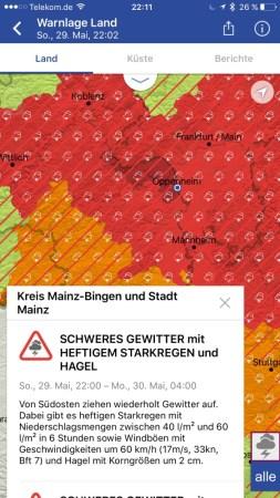 Die App Warnwetter warnt vor Unwettern und zeigt per Radar auch, wie die Wetterfronten ziehen.