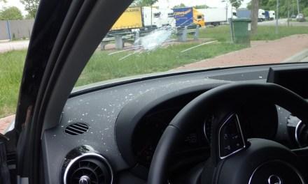Steinewerfer auf einer Brücke an der A61?