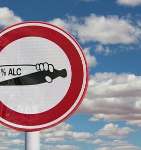 Akohol-bedingter Verkehrsunfall mit zwei Schwerverletzten