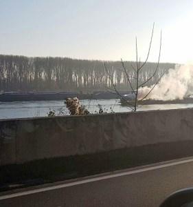 Schiff brennt kurz vor Nierstein