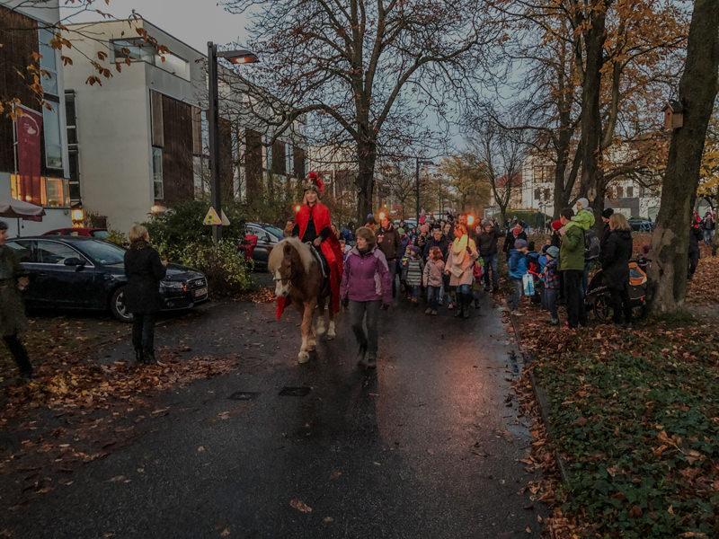 WiR – Wohnen in der Rummelsburger Bucht-Nachbarschaftsverein – Sankt-Martins-Umzug November 2018_01