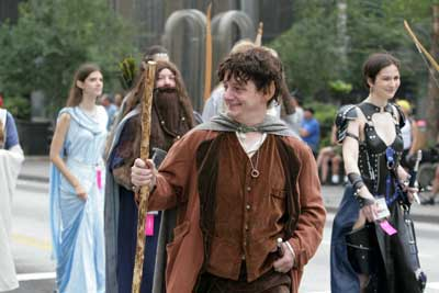 Daniel Gauthier as Frodo, walking with the Middle-earth contingent in the Dragon*Con parade. (Photo: Dave Nelson)