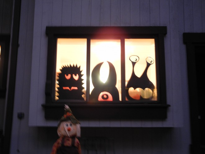 Window Monsters