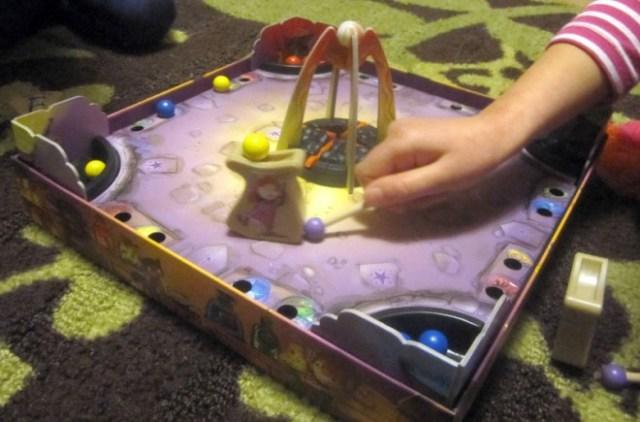 MagiciansKitchen-pushing