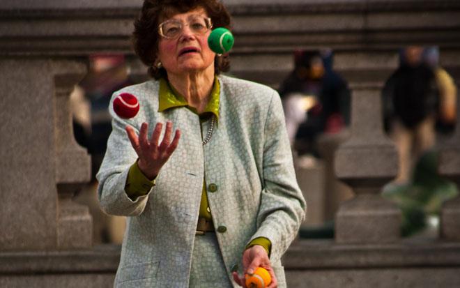 Juggling woman