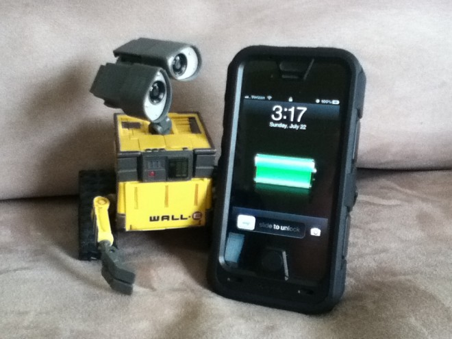 Wall-e and Mophie Juice Pack Pro