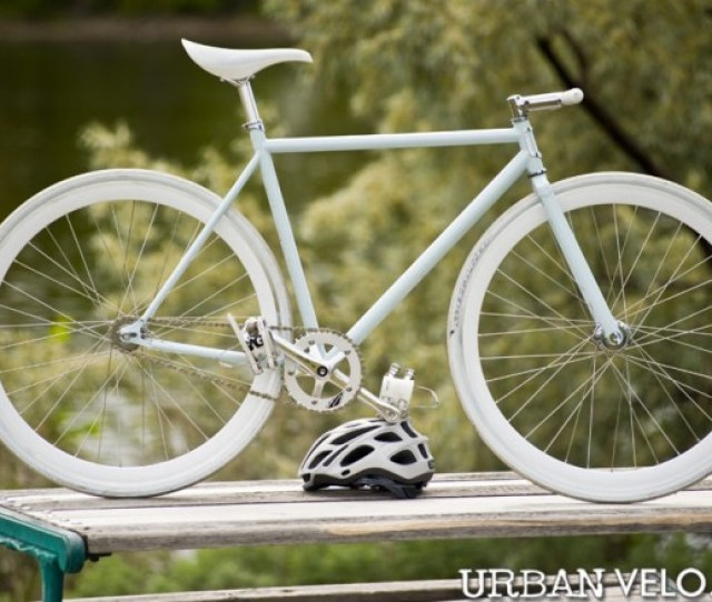 One Of The Attractions Of The Fixed Gear Bike Is That They Are Cheap Find An Old Beat Up Road Bike Buy A New Hub And Throw Away All Extraneous Hardware
