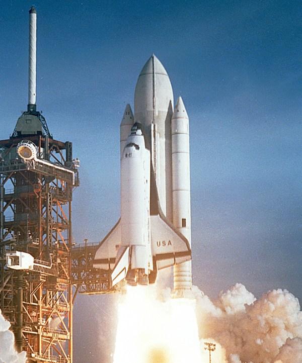 A 1996 Plan to Use NASA's Oldest Orbiter to Make Money on ...