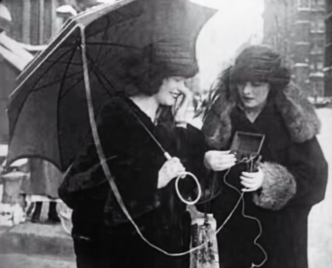 Tech Time Warp of the Week: How They Did Mobile Phones In the 1920s