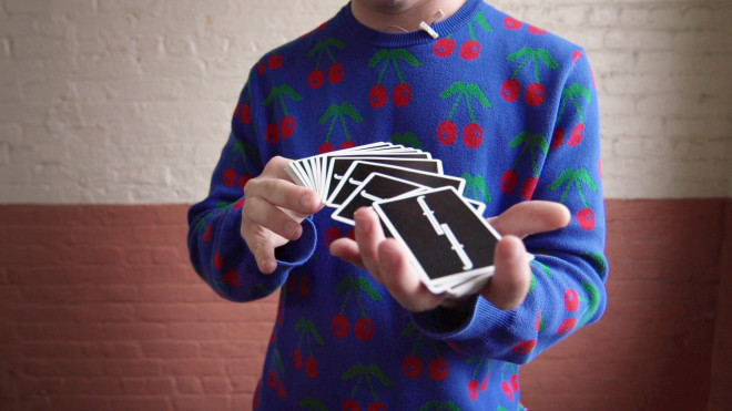 Inside the Elegant, Mesmerizing Subculture of Card Juggling