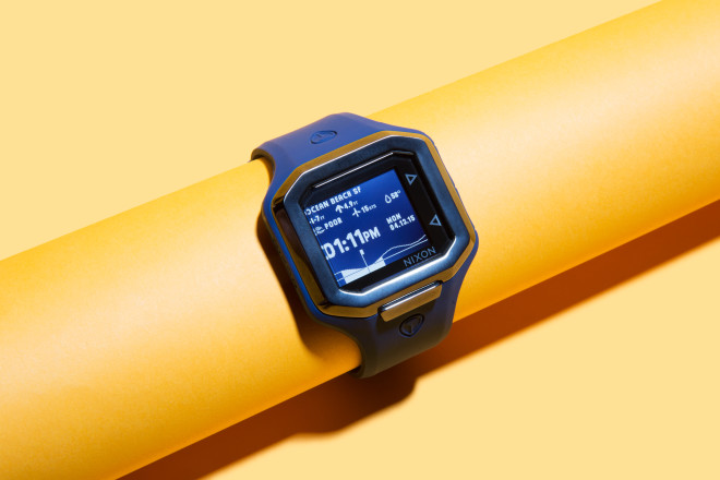 Smart Surf Watch Tells You When to Head to the Beach, Brah