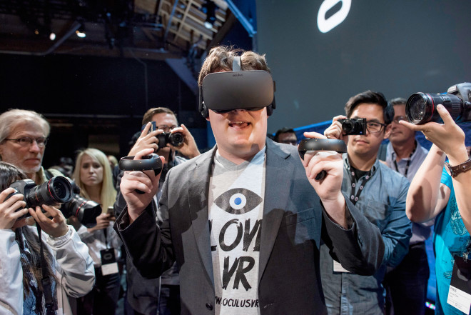 Facebook Sees Its Future in the Oculus Touch Controller