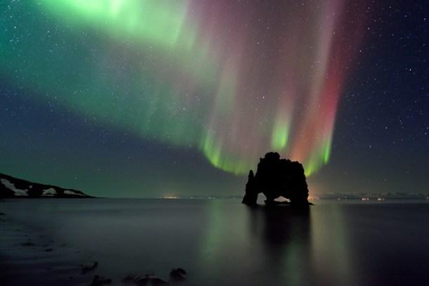 surreal-places-hvitserkur-northern-lights iceland