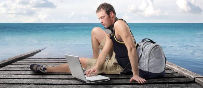 travel-blogger-ocean