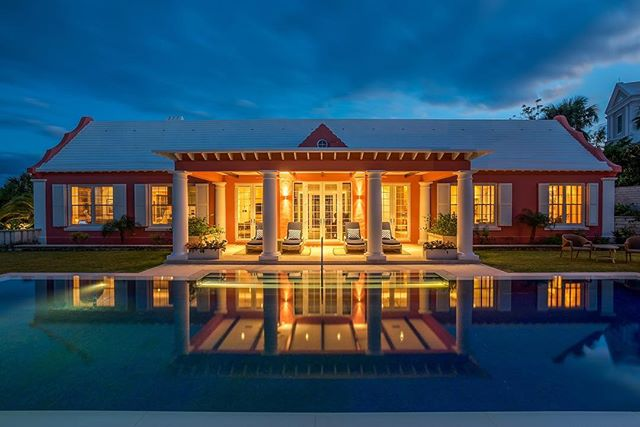 One of my favorite all time shots taken for Rego Sotheby's Bermuda ?? The house was sold. How could it not?