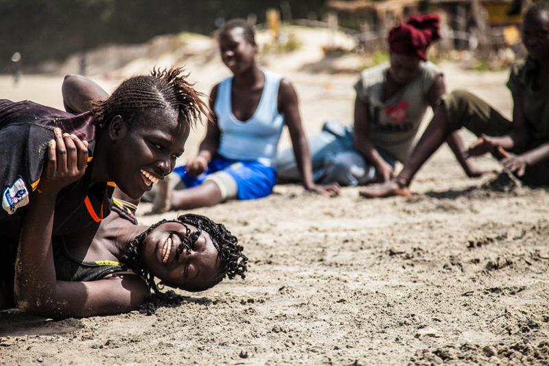 Lucha femenina en Casamance. Foto: Leila Adjovi