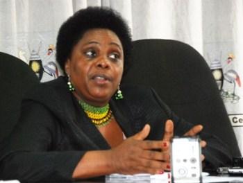 Mary Karooro Okurut, fundadora de FEMRITE