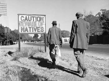 ¡Cuidado! ¡Tengan cuidado con los nativos!