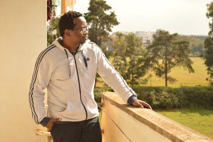 El escritor keniano, Moses Kilolo, redactor jefe y miembro fundador de Jalada. Imagen cedida por el autor.