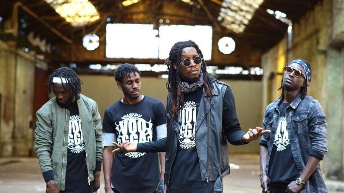 Voogga Crew es un grupo de origen gabonés establecido en Francia que promueven en Jazzé a nivel territorial, continental y mundial.